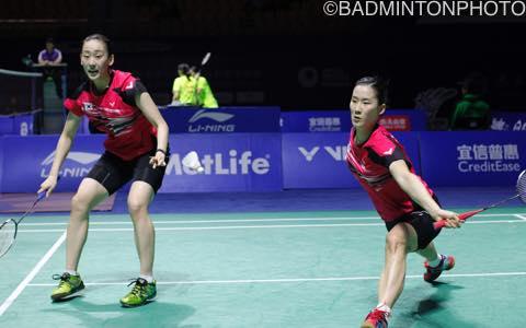 張藝娜/李紹希(左)