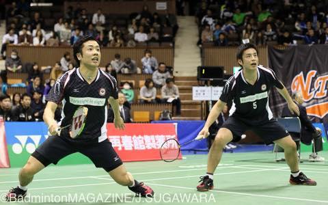 日本ユニシスの早川(右)/遠藤は相手を寄せ付けないプレーで勝利