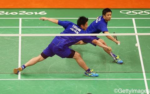 早川賢一(手前)/遠藤大由はギリギリの勝負を制して白星発進