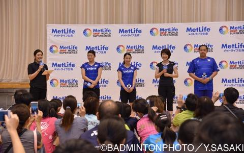 豪華な講師陣。左から髙橋選手、松友選手、潮田玲子さん、舛田圭太コーチ