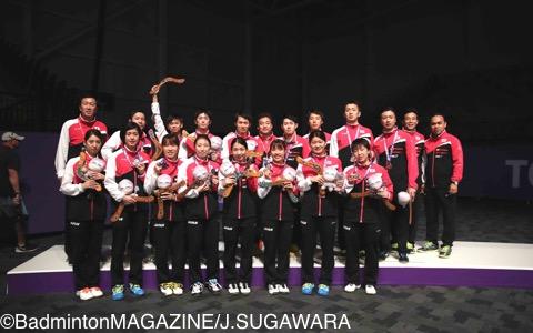 銅メダルを獲得した日本代表