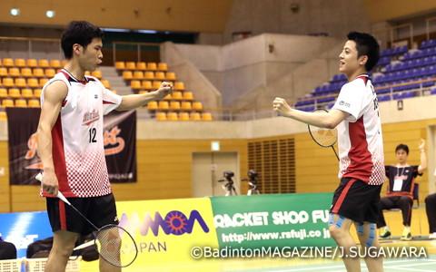 男子ダブルスを制した古賀(右)/齋藤。古賀は復帰戦での優勝となった