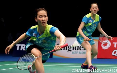 張藝娜(左)/李紹希(韓国)