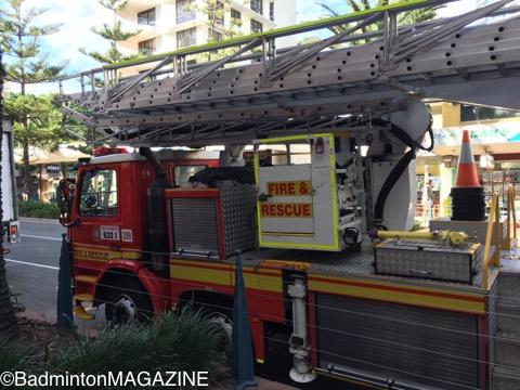日本の消防士の方のために、横からも撮影しました