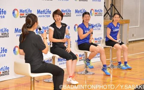 昨年のバドミントンファミリーデーのゲストは、元日本代表の潮田玲子さんに加え、現役のタカマツコンビも参加した