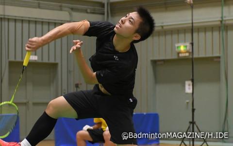 団体とシングルスの2種目で決勝まで勝ち上がった1年生の奈良岡功大(浪岡)