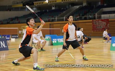 優勝を果たした中山裕貴(左)/緑川大輝(埼玉)。ともにシングルスでも最終日まで駒を進めた