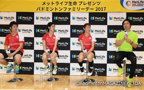 エキシビションマッチのあとは、現役日本代表選手と池田信太郎さんによるトークショーを開催。子どもたちは強くなるヒントを得ようと、選手の言葉に聞き入っていた