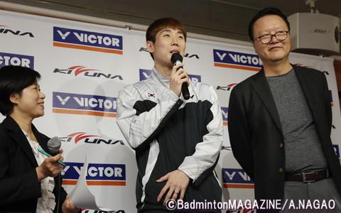 韓国代表の孫完虎(中央)も登壇し、VICTOR製品についてコメントした