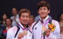 ロンドン五輪の男子ダブルスで銅メダルを獲得した鄭在成(左)と李龍大