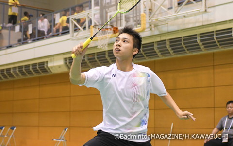 IHでは団体とシングルスで決勝に進み、存在感を示した浪岡のエース・奈良岡功大。めざすは3冠獲得だ