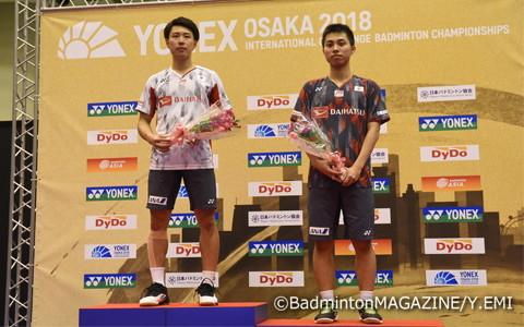 大阪国際の表彰式。国際大会としては初の準優勝に輝いた(左は五十嵐優)
