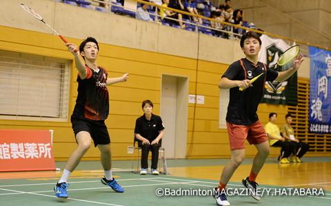 第2シードの小野寺雅之(右)/岡村洋輝はストレート勝ちで準々決勝進出