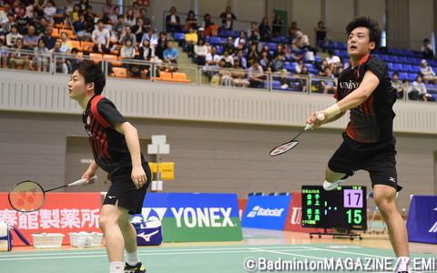 井上(左)/金子は第2複で勝利