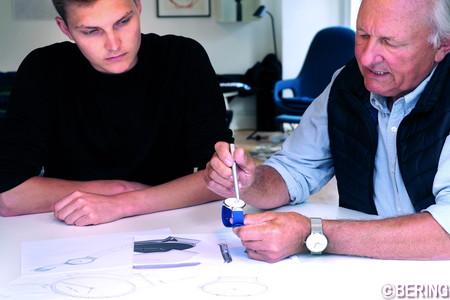 アクセルセン自身もデザインに携わった(右がマックス・レネ)