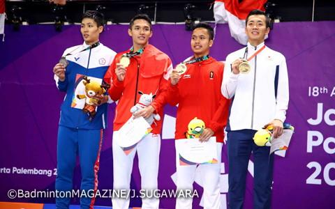左から銀メダルの周天成、金メダルのジョナタン、銅メダルのギンディン、西本拳太