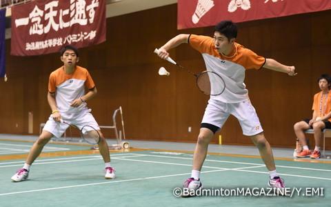選抜準優勝の武井(左)/遠藤は苦しみながらも4強入り