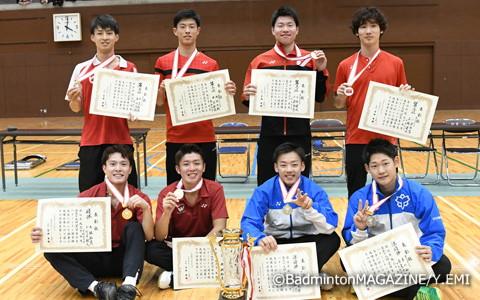 上位入賞者。後列左から中島、本田、三橋、小倉。前列左から大林、小野寺、馬屋原、市川