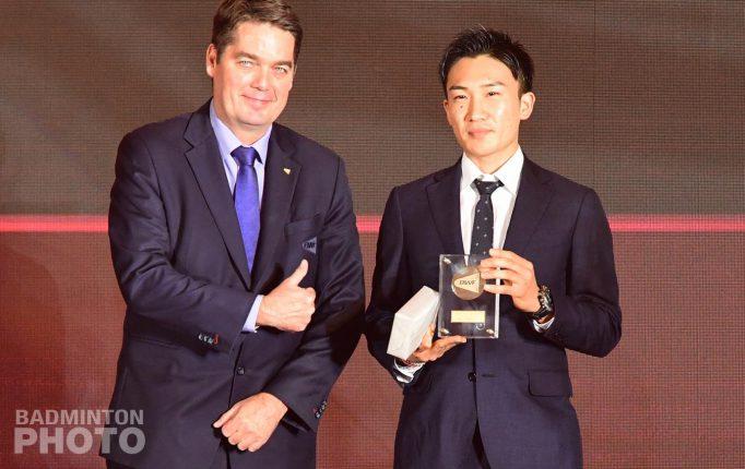 【BWFアウォーズ2019】世界王者の桃田賢斗が男子年間最優秀賞を受賞!